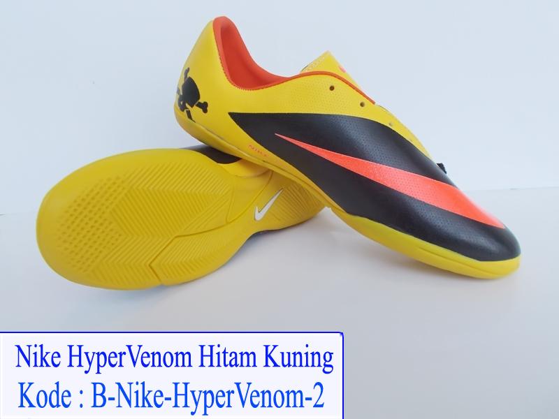 Jual Sepatu Futsal Setelah Mudik Lebaran