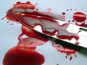 В Севастополе пьяная женщина за давние обиды убила сожителя ножом