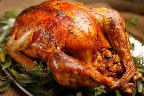Roast-Turkey-with-Turkey-Gravy