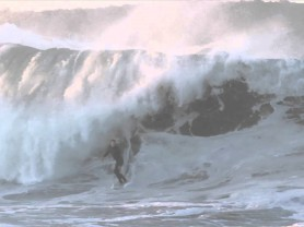 Video of the Day: Surfboard Switch at the Wedge