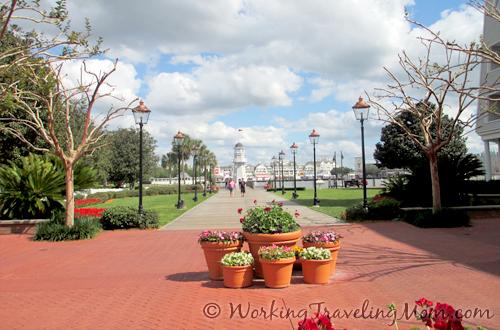 Disney World Yacht Club Resort boardwalk