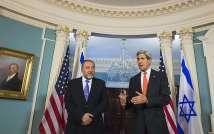 Avigdor Lieberman and John Kerry, Washington DC 9.4.2014 ( AFP )