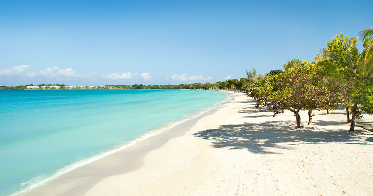 Couples Swept Away, Jamaica