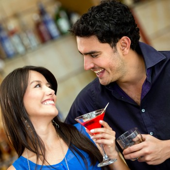 date-couple-drink-alcohol