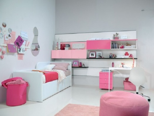 lovely-girls-bedroom-ideas-2013-photo-by-decorator-aman-bansal