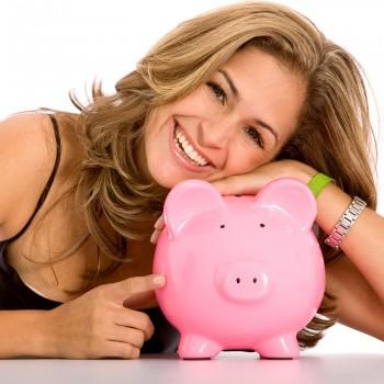 woman-saving-money
