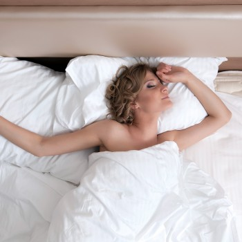 woman-bed-morning