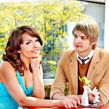 couple-love-date