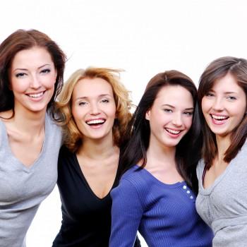 happy-women-friends