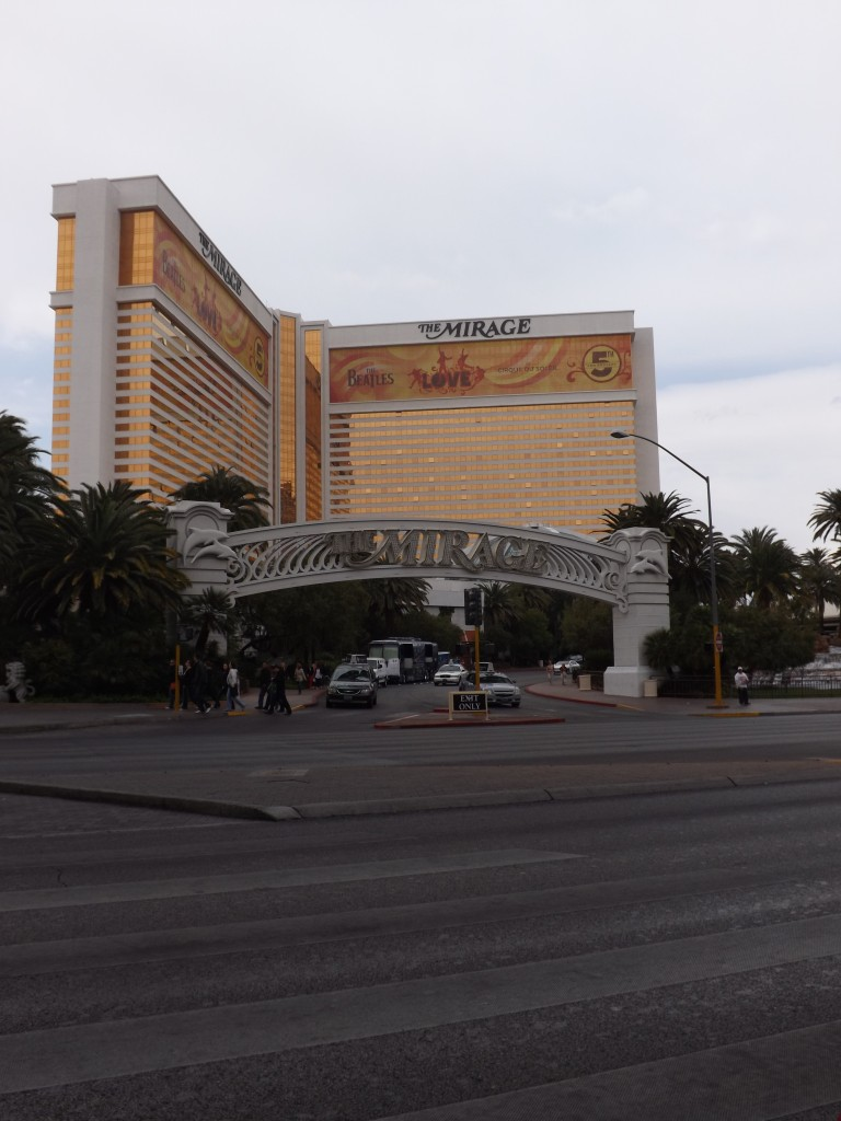 SwankyLuv: Vegas Baby! The Mirage and Caesars Palace