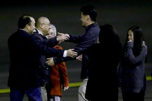 North Korean releases 2 Americans - Photo