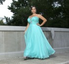 Prom dress shopping perilous for plus-size girls