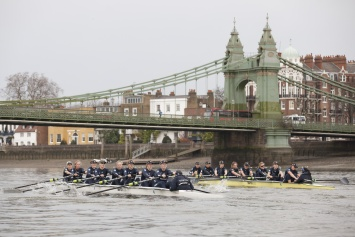 Oxford University Women's Boat Club's crews compete © Iain Weir