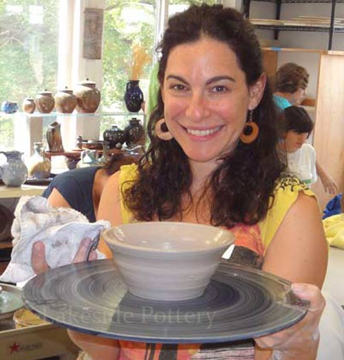 Learn to use the potter's wheel - classes and workshops, days, weekends, evenings