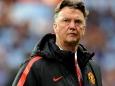 Van Gaal Shows Manchester United Festive Cheer
