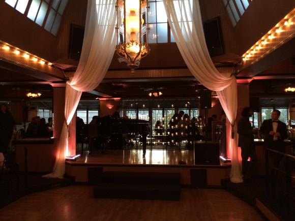 Seattle Wedding DJ - Lake Union Cafe w/ uplights