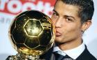 Cristiano Ronaldo - Cristiano Ronaldo pledges future to Manchester United at Ballon d'Or ceremony