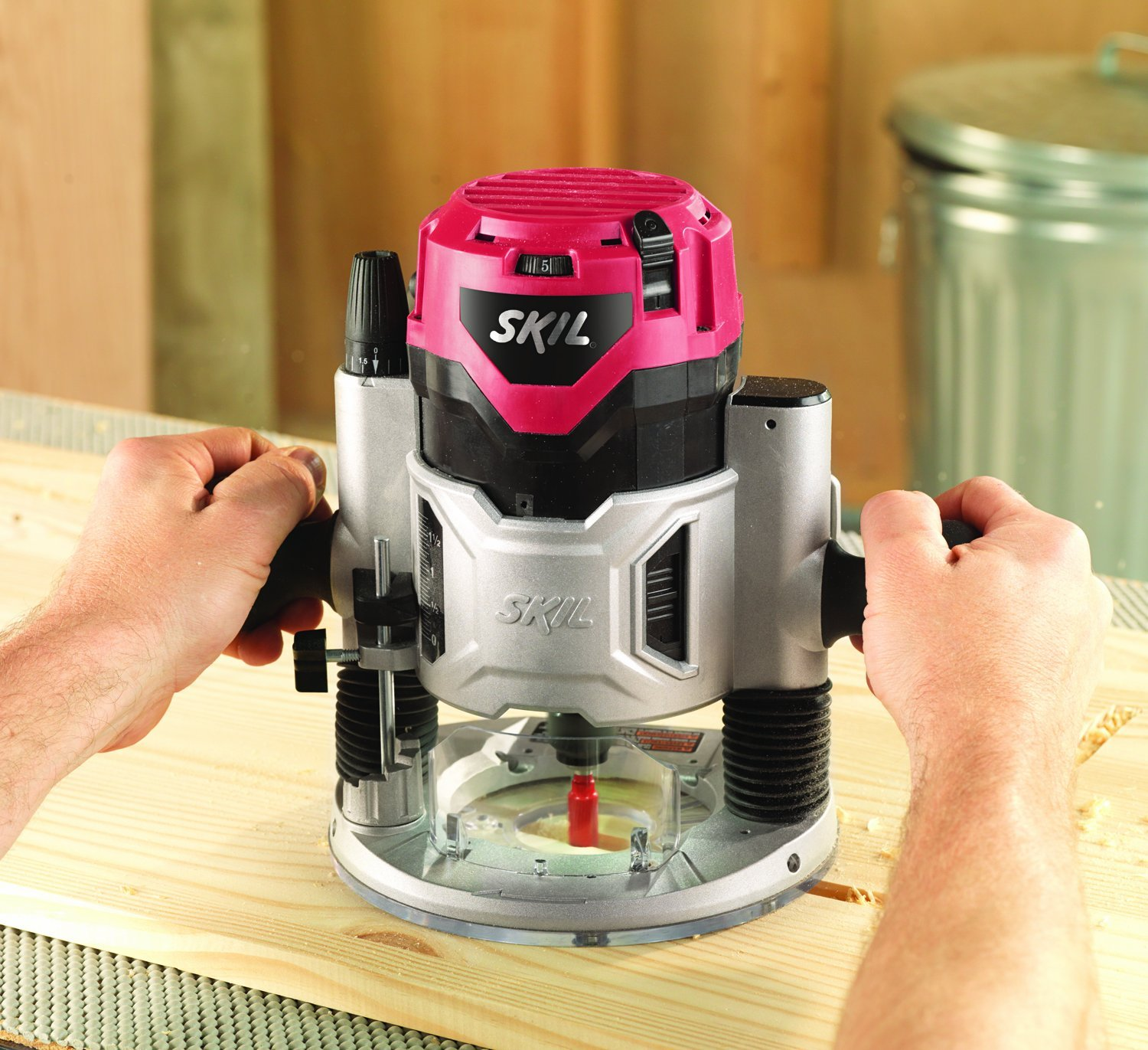 Benefits of using a wood router