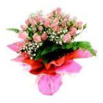 PMA - Spray Roses Vase Arrangement 0033383973289  / UPC 033383973289