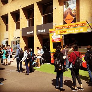 It's all happening! Farmers Market & food trucks, every Wednesday during semester outside #UnionHouse #nicetomeetyou #UMSUunimelb #unimelb