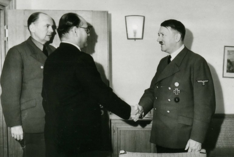 subash-candhra-bose-and-hitler