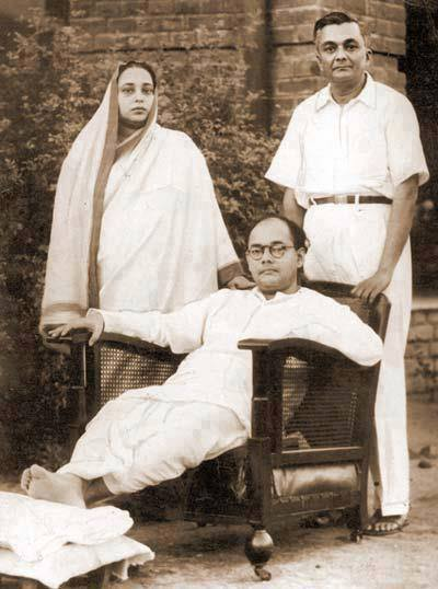 netaji-subash-candra-bose-and-parents