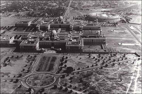 Rare View of Rastrapati Bhavan and Parliament