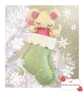 Felt Christmas Mouse on Molly and Mama Makes