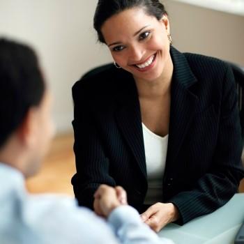 Businesswoman-shaking-hands