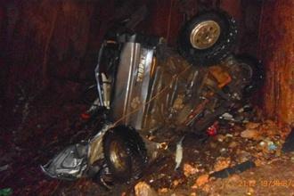 В Крыму спелеолога убил упавший в пещеру автомобиль. Фото