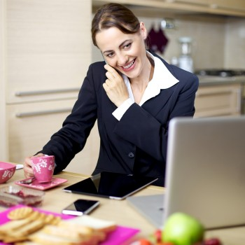 woman-business-work-home-breakfast-phone-computer