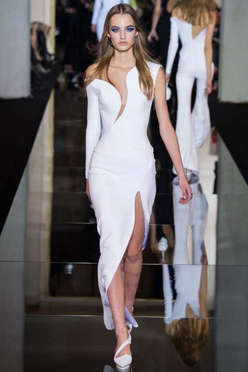 Haute couture collection by Versace for SS2015