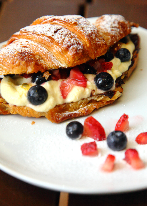 Mixed-Berries-Croissant
