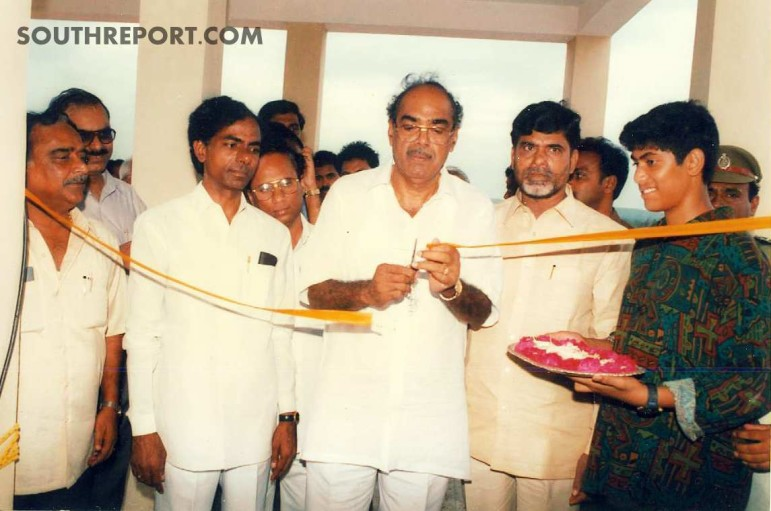 CM Chandrababu Naidu and Rama NAidu openign the building of Rama Naidu Trust. Also seen in Picture are then TDP Minister KCR, Kodela, Venkatesh and RaNa.