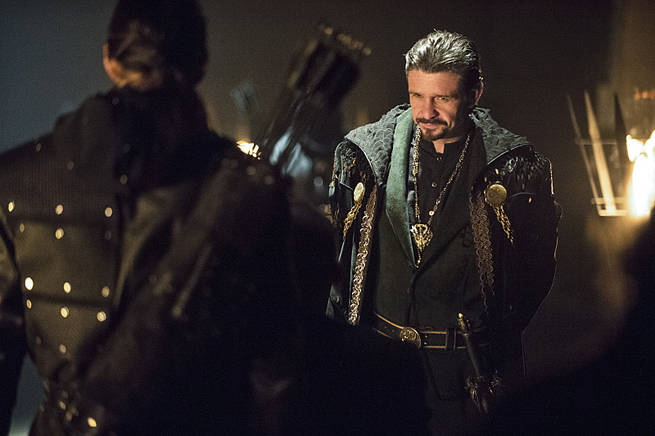Captain Lance and Ra?s al Ghul Meet In A New Clip