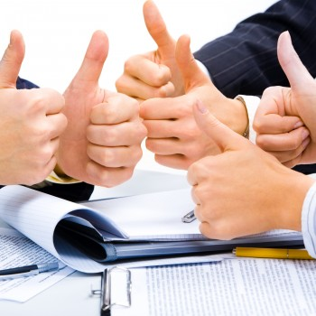 business-team-success-thumbsup