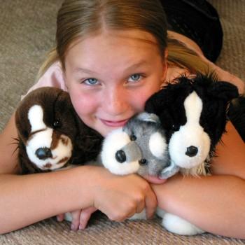 child-girl-plush-toys