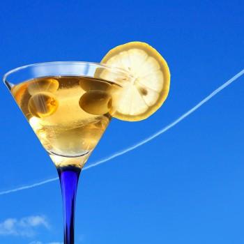 plane-drink-cocktail
