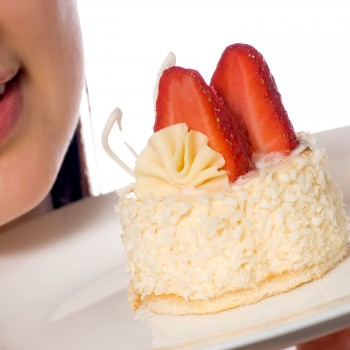 strawberry-cake-food