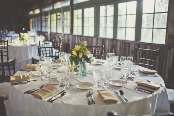 french-rustic-wedding-tablescape