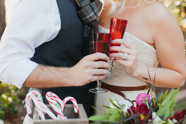 rustic-christmas-wedding-ideas-bride-groom-toast