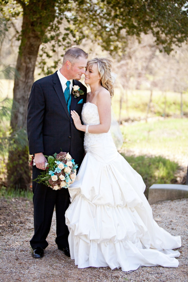 sweet bride and groom couple portraits, rustic turquoise California wedding, Mirelle Carmichael Photography