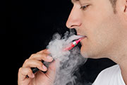 E-Cigarettes May Not Help Smokers Quit Tobacco, Study Finds