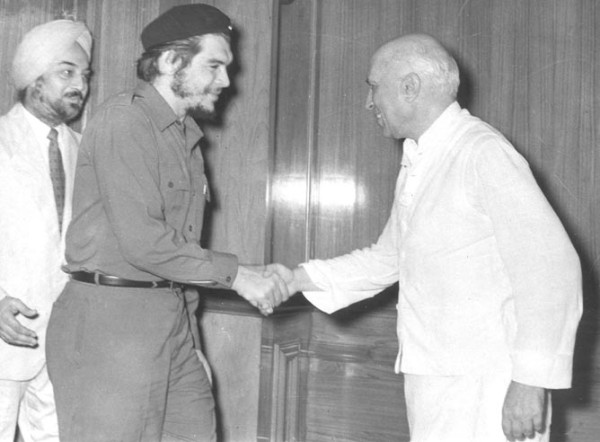 che guevara with NEhru in india