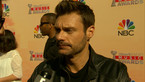 Play Video - Ryan Seacrest Takes Over E!'s iHeartRadio Red Carpet