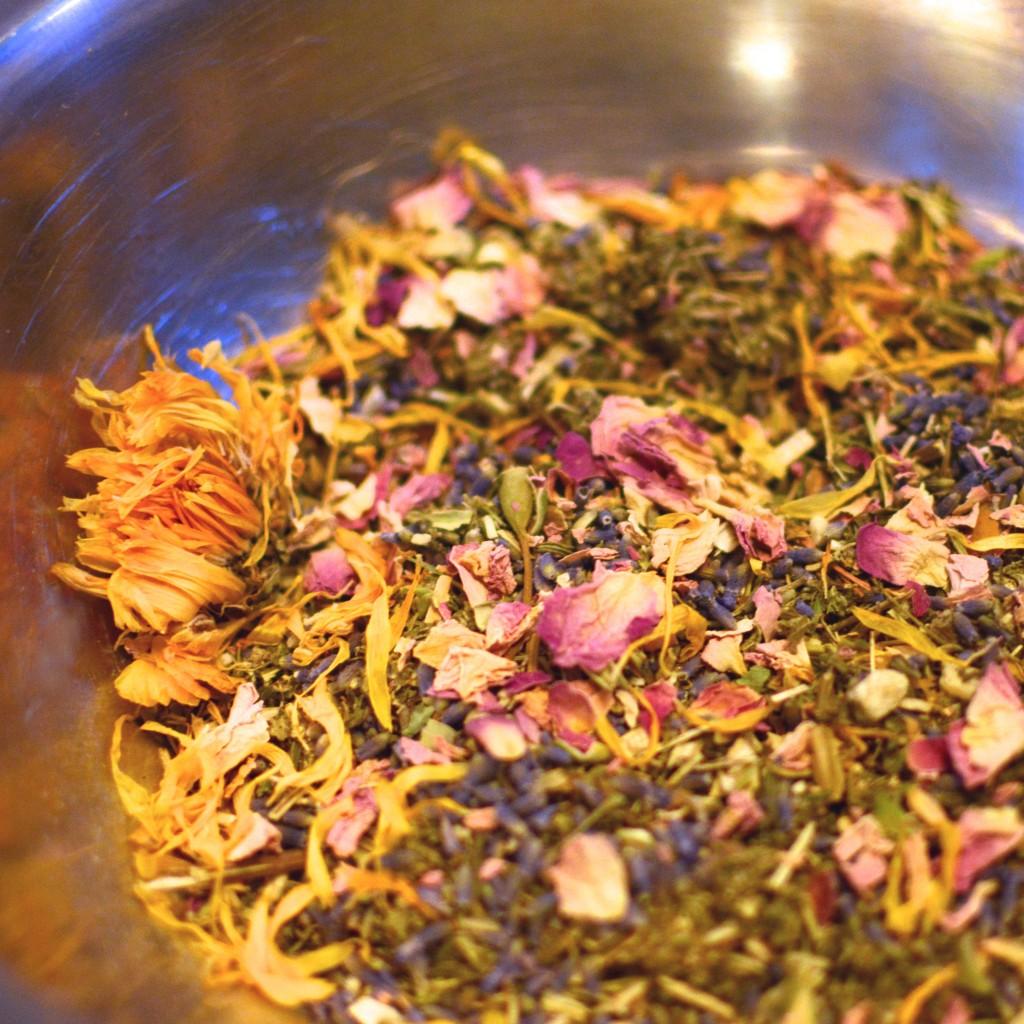 Vaginal+Steaming+Herbs