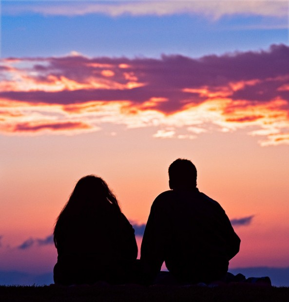 A couple watching the sunset in Venice Beach, California. (Image via Anthony Citrano/flickr)