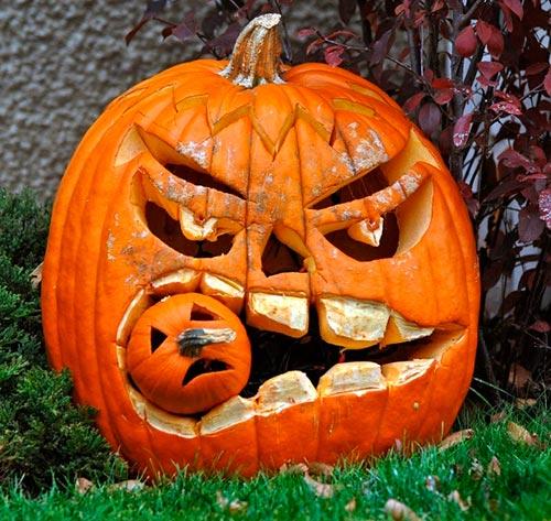 Unique Ways of Decorating Halloween Pumpkins