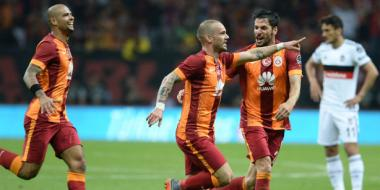 Galatasaray clinches 20th league title, becomes first team to get fourth star