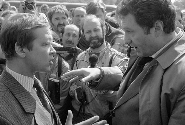 Владимир Жириновский спорит с Сергеем Станкевичем, 1991 год